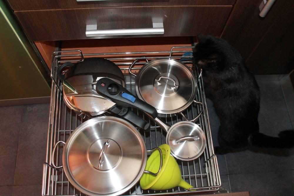 Cómo organizar las ollas en la cocina (2/2)